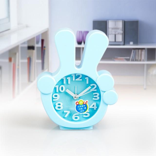 Часы-будильник QD-284 Виктори ГолубойАксессуары<br><br>Цвет: Голубой; Ширина (см): 11; Высота (см): 13;