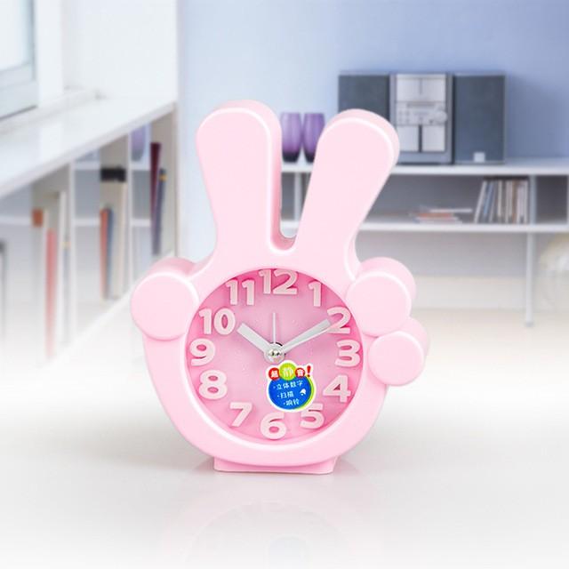 Часы-будильник QD-284 Виктори РозовыйАксессуары<br><br>Цвет: Розовый; Ширина (см): 11; Высота (см): 13;